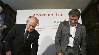 El president de la Generalitat, José Montilla i el president de Ciutadans pel Canvi, Àlvar Roda, dimecres, a l'Ateneu Barcelonès ROBERT RAMOS