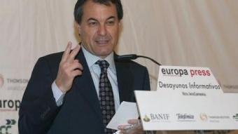 El candidat de CiU, Artur Mas, en l'esmorzar organitzat per Europa Press, ahir, a Madrid REDACCIÓ
