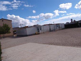 Els barracons on han d'estudiar una part dels alumnes del Pla de Santa Maria. A. ESTALLO