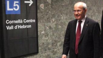 José Montilla i el primer secretari de la JSC, Javier López, avui a la línia 5 del metro XAVIER ALSINET / ACN