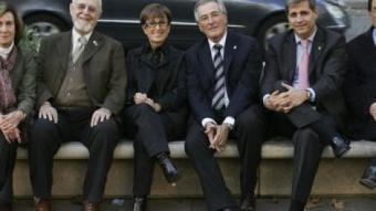 D'esquerra a dreta, Anna Sallés (ICV), Jordi Carbonell (ERC, Mar Serna (PSC), Xavier Trias (CiU), Alberto Fernández (PP) i Francesc de Carreras (C's) ROBERT RAMOS