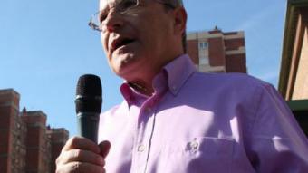 El candidat del PSC, José Montilla, durant el míting llampec d'avui a Bellvitge BERTRAN CAZORLA / ACN