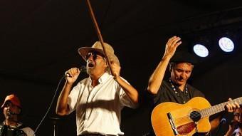 Els Quicos (a la imatge, en un concert l'any 2010 a Campllong) obriran el Barnasants. LLUÍS SERRAT