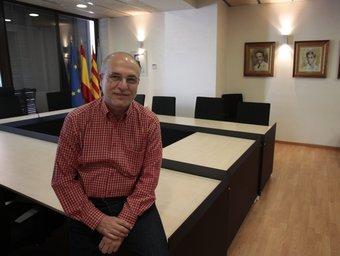 Muñoz, a la sala de plens del reformat ajuntament de la Canonja JOSÉ CARLOS LEÓN