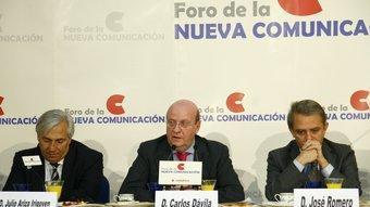 Ariza, Dàvila i Romero durant la seva intervenció al Fòrum Nova Economia a Madrid DIARI