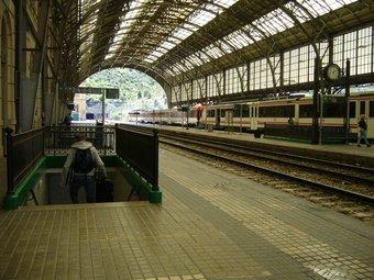 Una imatge d'arxiu de l'estació de Portbou, on no estan arribant els trens. M.V