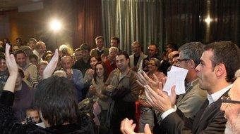 Santi Vila, Eudald Casadesús, Elena Ribera i altres candidats gironins celebren la victòria de CiU, amb la militància eufòrica. JOAN CASTRO/ CLICK-ART