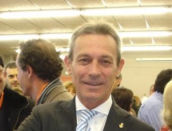 Josep Anglada votant en les eleccions del novembre passat.