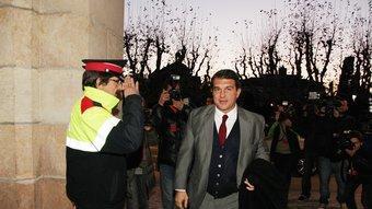 Joan Laporta, ahir al vespre entrant per primer cop al Parlament com a diputat electe ANDREU PUIG