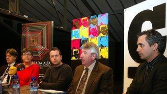 D'esquerra a dreta, Guillem Terribas, Anna Pagans, Xavi Masó, Xavier Soy i Enric Sucarrats, en l'acte de presentació d'ahir. JOAN SABATER