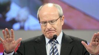 El primer secretari dels socialistes catalans durant la seva intervenció en el consell nacional que va analitzar els resultats del 28-N ANDREU DALMAU / EFE