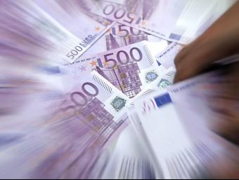 El control sobre el diner negre s'accentua.