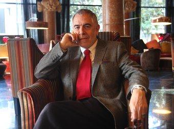 Alfons Durán-Pich és també autor del 'Pequeño diccionario crítico para radicales impertinentes'.  FRANCESC MUÑOZ