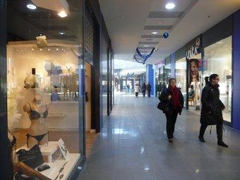 Les noves galeries van viure ahir un primer dia d'activitat amb força públic. R.ROYO