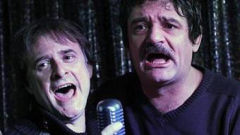 Mira i Ribalta al karaoke A viva voz de Barcelona, fa uns dies. JOSEP LOSADA