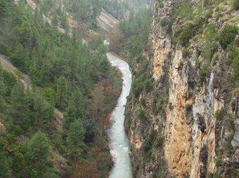 El riu Túria al seu pas pels congostos dels Serrans. ESCORCOLL
