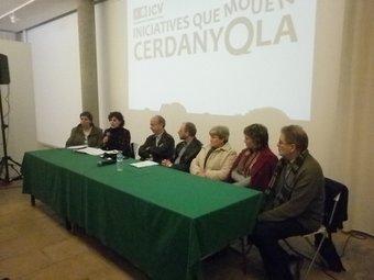 Un moment de la presentació de la comissió de garanties EL PUNT