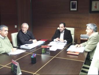 Reunió dels polítics que configuren la corporació municipal de Calp. ARXIU