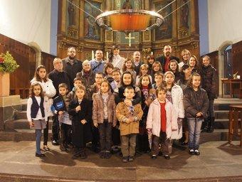 Foto de grup de participants i premiats al concurs de pessebres EL PUNT