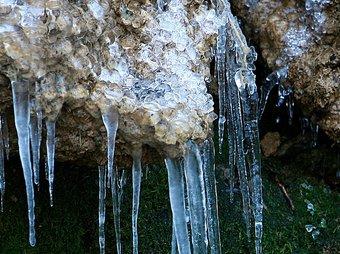 Una postal típica d'hivern, a les Escaules. MANEL LLADÓ