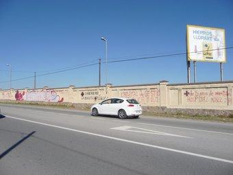 L'hospital Ernest Lluch s'ha de fer en aquest solar de l'N-150 i l'hotel, al davant. C.A.F