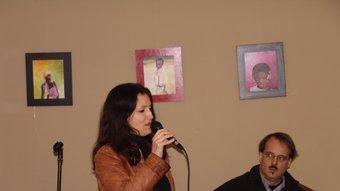 Ellen Gould, ahir en un moment del recital del grup Mashalà a Girona. J.M.S