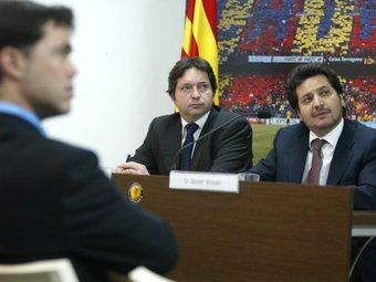 Tibau, en primer terme. Al fons, Blázquez i Vinyals, vicepresident i president de la plataforma pro seleccions. QUIM PUIG