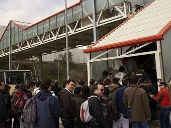 Treballadors de Seat arriben a la fàbrica de la marca de Martorell MANOLO GARCÍA / ARXIU