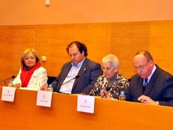 La presentació es va fer a la sala de plens de l'Ajuntament de Torredembarra. ANNA F