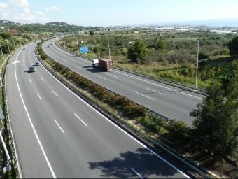 La coordinadora Preservem el Maresme aposta per la construcció d'un carril bus doble pel mig de la C-32. G.A