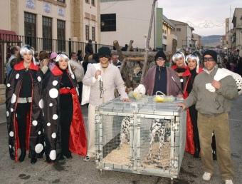 Les comparses populars centre l'atenció de la desfilada de Villar. ESCORCOLL