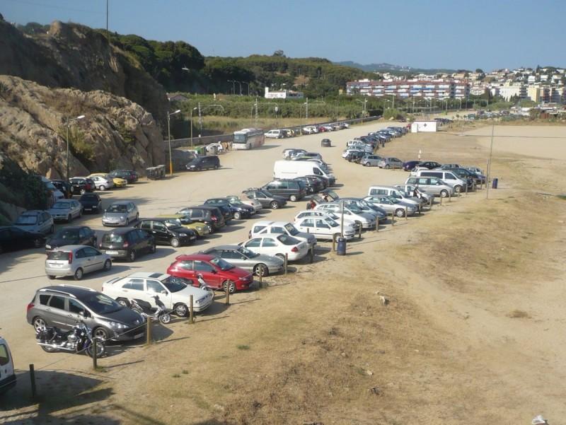 El passeig serà de vianants i un carril bici per unir el terme d'Arenys de Mar fins a Canet travessant la platja del Cabaió. E.F