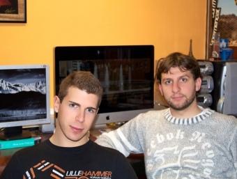 Els dos estudiants M.C.