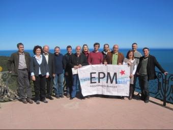 Participants en la trobada de les enteses que es va fer ahir a Palafuregll EL PUNT