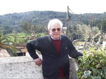 El mossèn Alfons Torrus rector de Sant Cebrià, en una imatge del 2001 L.J