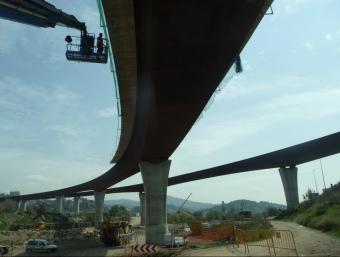 La represa dels treballs de l'enllaç entre l'AP-7 i l'AP-2 a l'alçada de Corbera de Llobregat. M.A.L