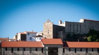 Antiga cava cooperativa de Bellestar de la Frontera transformada en hotel i restaurant.