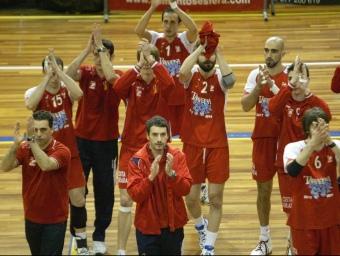 A dalt, el primer triomf en «play-off». A baix, comiat amb Unicaja el 2009. A la dreta, el SPiSP-Unicaja del 2000.  O.D / J.F. / X.J