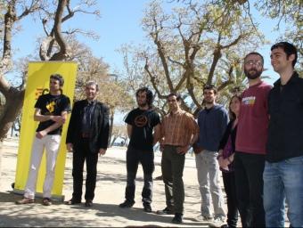 Foto de família dels caps de llista que tindrà la CUP en diferents municipis del Maresme EL PUNT
