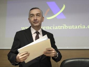 El secretari d'estat d'Hisenda, Carlos Ocaña, presentant la campanya.  EFE
