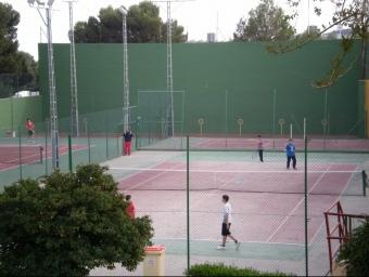 Actuals pistes de tennis de Xixona. CEDIDA