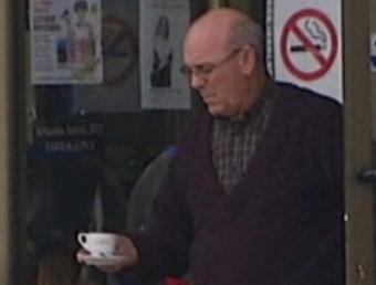 Ramon Laso al seu bar La Parada, que regentava fins el dia que va ser detingut en una imatge cedida per TV3 TV3