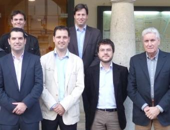 Amor, a l'esquerra, amb Zarco, Mateo, Aragonès i Llorens. A sobre d'Amor, el candidat d'ICV‹-EUiA, Marcos Ortega. T.M