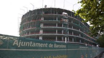 Una promoció de pisos que l'Ajuntament de Barcelona està fent amb dret de superfície