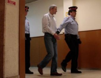 El principal autor dels fets, Andrej Martjanov, sent conduït pels Mossos a la sala de vistes, el 2 de maig JOSÉ CARLOS LEÓN