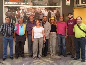 Els diversos candidats i candidates d'ERPV a la Ribera i la Safor, amb Agustí Cerdà. CEDIDA