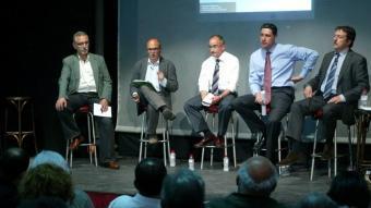 Imatge del debat amb els candidats de Badalona organitzat fa uns dies pel diari El Punt i Òmnium Cultural. QUIM PUIG