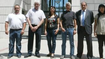 D'esquerra a dreta, Alex Sierra (CiU), Martí Nogué (Independents de Sils-PSC-PM), Maria Josep López Dolcet (AMS), Albert Miralles (ICV), Jordi Jaldón (PP) i Margarita Montes (Units per Sils).