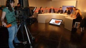 Des de l'esquerra, Font, Massanella, Corominas, Albert Brosa, el moderador, Guix, Gómez, Planagumà i Sala. J.C