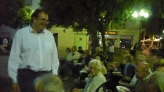 Estanis Fors, ahir al vespre al sopar de final de campanya que van fer a la plaça de l'Església. E.F